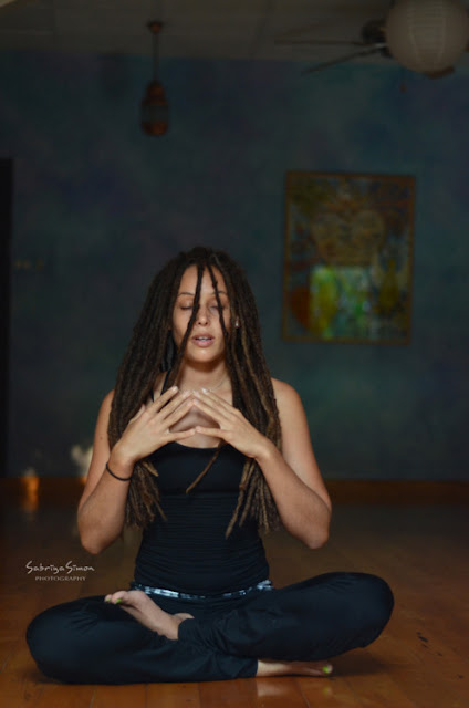 yoga in the nude photo index